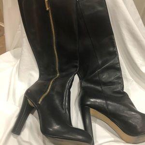 Black Boots Gold Zipper Sz 8